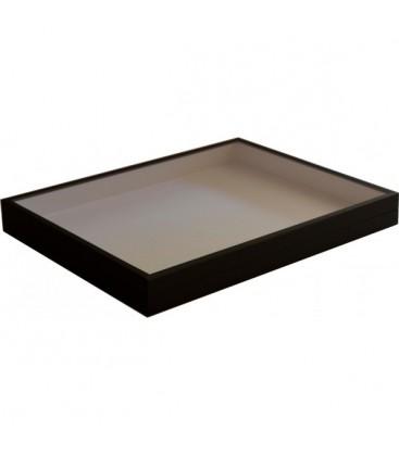 Cette boîte est le format européen le plus répandu. Toutes les déclinaisons sont possibles, avec ou sans charnière, différ